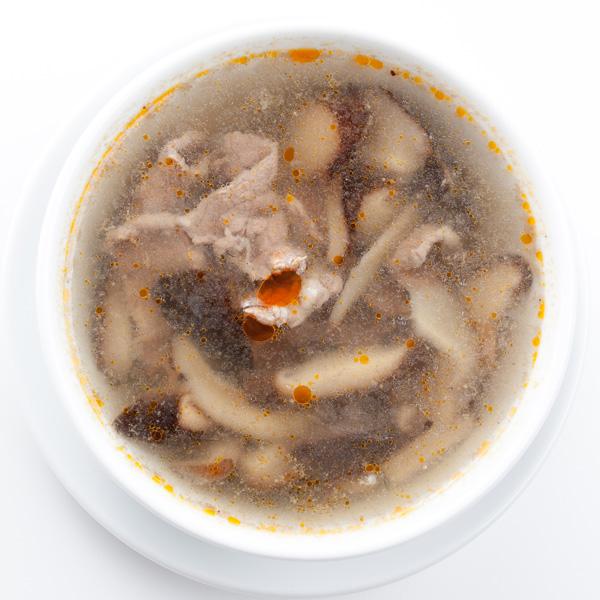 B-8 Avienos sriuba su kiniškais grybais XIANGGU