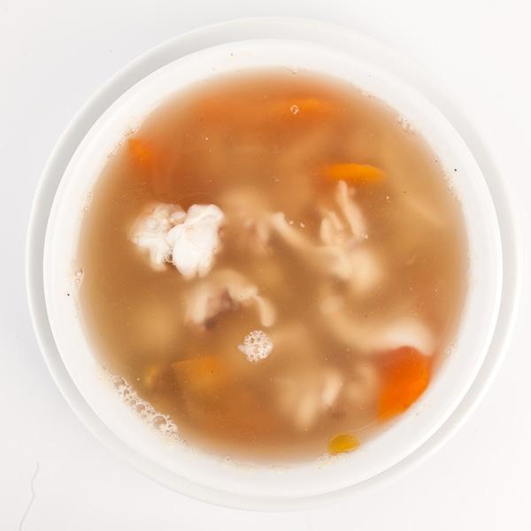 B-2 Jūros gėrybių kokteilio sriuba saldžiarūgščiai aštri
