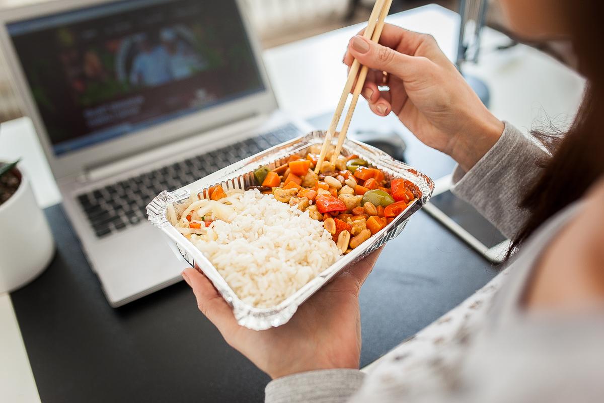 Pietaukite be streso – užsisakykite maisto į ofisą