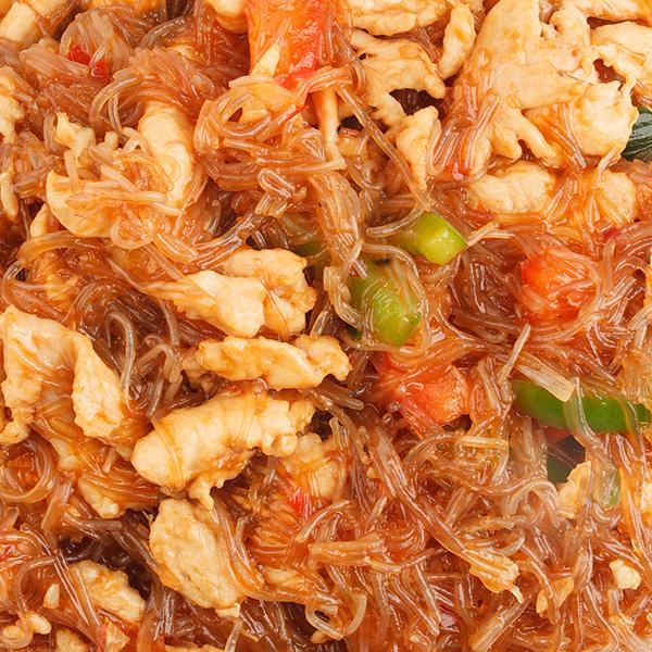 N-6 Kinietiški makaronai su vištiena
